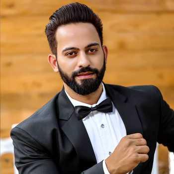 Celebrity Gulfam Ahmd - Tring India