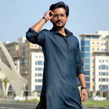 Celebrity Fahmil Khan - Tring India