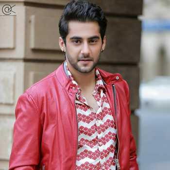 Celebrity Aakash Mansukhani - Tring India