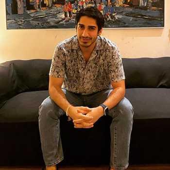 Celebrity Paras Zutshi - Tring India