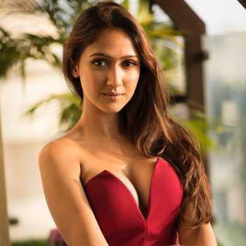 Celebrity Krissann Barretto - Tring India