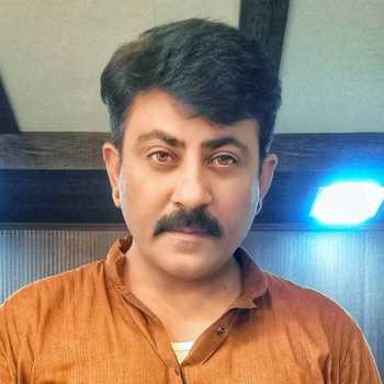 Celebrity Pooran Kiri - Tring India