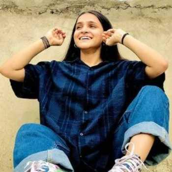 Celebrity Anjali Mamgai - Tring India