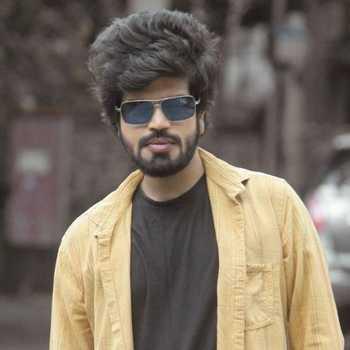 Celebrity Rohit KaduDeshmukh - Tring India