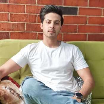 Celebrity Sagar Parekh - Tring India