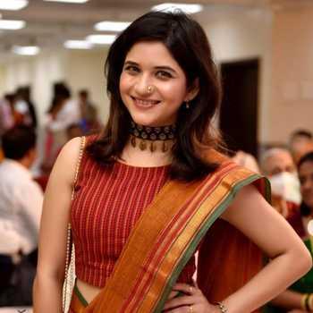 Celebrity Deepti Lele - Tring India