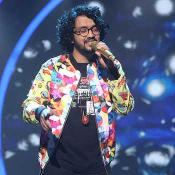 Celebrity Nihal Tauro - Tring India