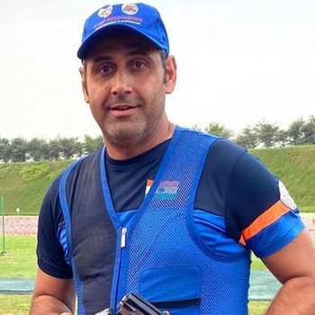 Celebrity Mairaj Ahmad Khan - Tring India