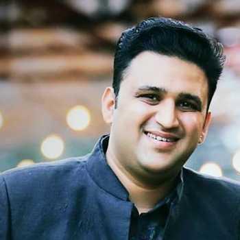 Celebrity Shrikar Pitre - Tring India