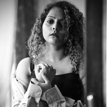 Celebrity Mitali Kalagi - Tring India