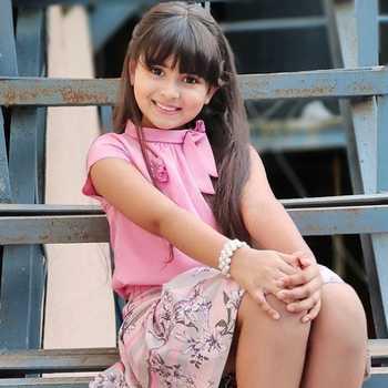 Celebrity Aleena Lambe - Tring India
