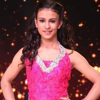Celebrity Siza Roy - Tring India