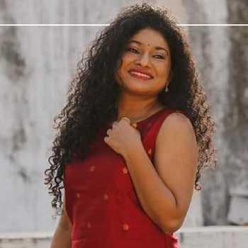 Celebrity Manasi Prabhakar Joshi - Tring India