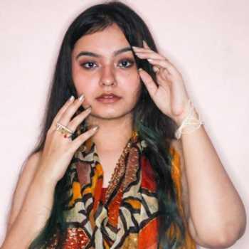 Celebrity Muskan Uppal - Tring India
