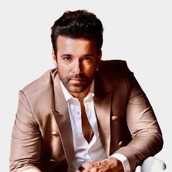 Celebrity Aamir Ali - Tring India