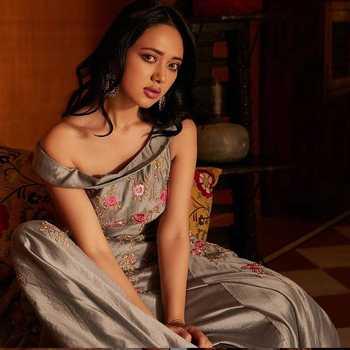 Celebrity Nirisha Basnett - Tring India
