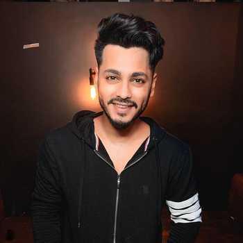 Celebrity Bhagyesh Hendre - Tring India