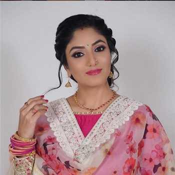 Celebrity Neha Prajapati - Tring India