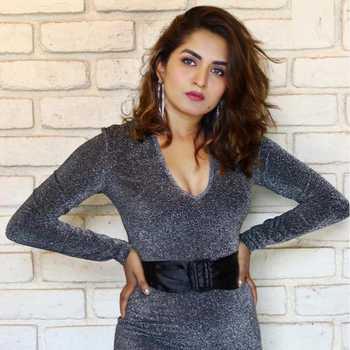 Celebrity Trisha - Tring India