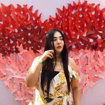 Celebrity Prachi Jasani - Tring India