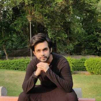 Celebrity Mohak Khurana - Tring India