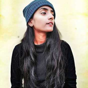 Celebrity Devika Gupta - Tring India