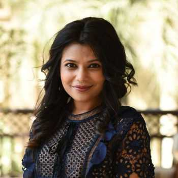 Celebrity Deepti Chandak - Tring India