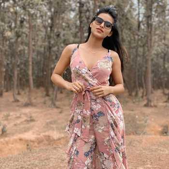 Celebrity Unika Ray - Tring India