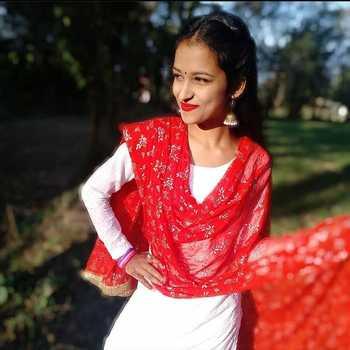Celebrity Disha Chauhan - Tring India