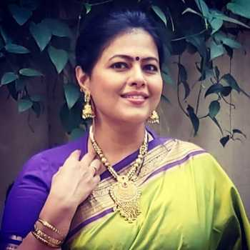 Celebrity Sneha Raikar - Tring India
