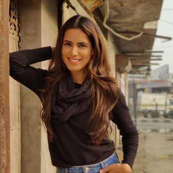 Celebrity Tanya Sachdeva - Tring India