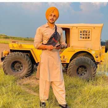 Celebrity Maninder Singh - Tring India