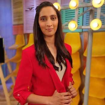 Celebrity Snehal Pradhan - Tring India
