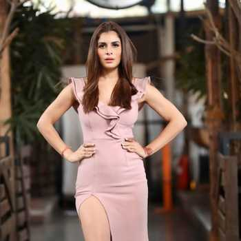 Celebrity Isha Anand Sharma - Tring India