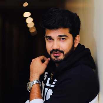 Celebrity Madhav Deochake - Tring India