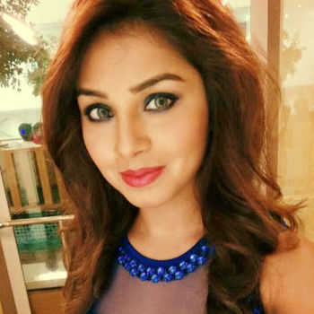 Celebrity Tia Kar - Tring India