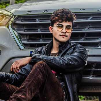 Celebrity Aman Dewangan - Tring India