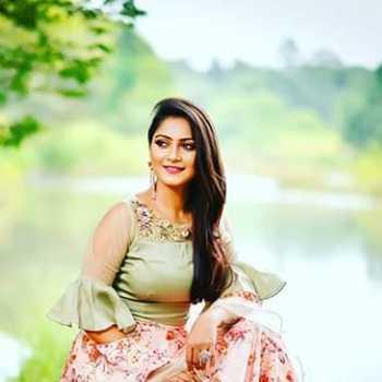 Celebrity Namrata Pradhan - Tring India