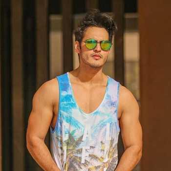 Celebrity Ravi Bhatia - Tring India