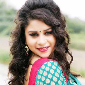 Celebrity Anara Gupta - Tring India