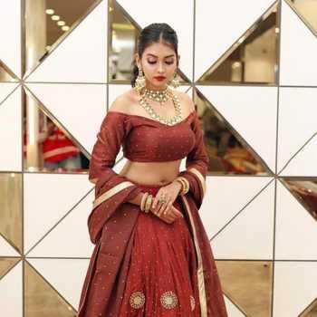 Celebrity Meera Joshi - Tring India