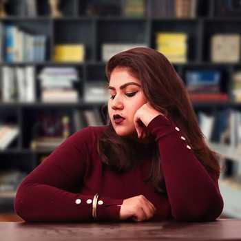Celebrity Simiran Kaur Dhadli - Tring India