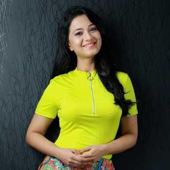 Celebrity Radha Sagar - Tring India