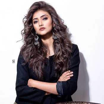 Celebrity Dnyanada Ramtirthkar - Tring India