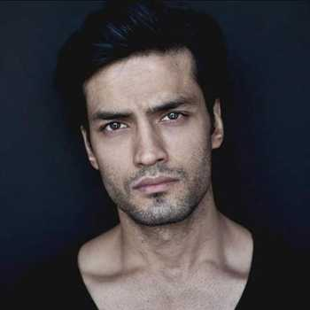 Celebrity Manu Bora - Tring India