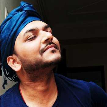 Celebrity Kalrav Sarojwal - Tring India