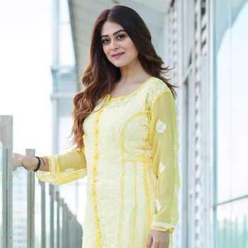 Celebrity Falaq Naaz - Tring India