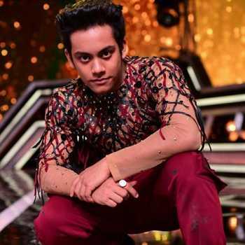 Celebrity Aryan Patra - Tring India