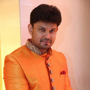 Celebrity Varad Chawan - Tring India