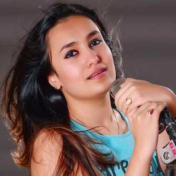 Celebrity Kuhu Gracia - Tring India